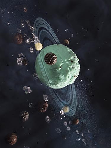 Uranus by Carmen Cheng
